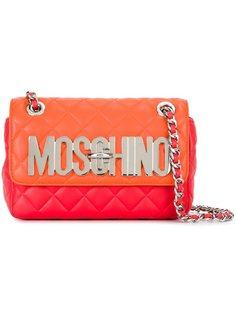 стеганая сумка на плечо с бляшкой с логотипом Moschino