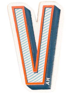 стикер с логотипом Anya Hindmarch