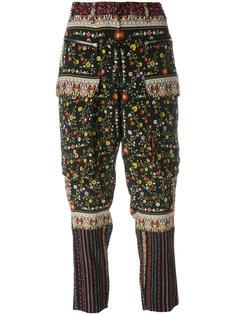 укороченные брюки с заниженной проймой Nº21
