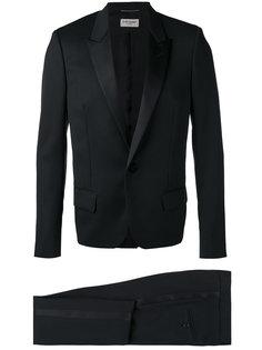 костюм-смокинг Saint Laurent