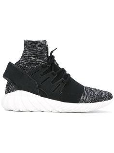 кроссовки Tubular Primeknit Adidas