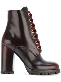 ботинки на шнуровке Prada