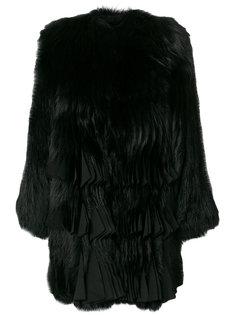 пальто из меха с декором из плиссировок Givenchy