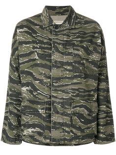 куртка с камуфляжным принтом Current/Elliott