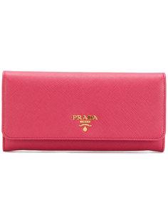 классический удлиненный кошелек Prada