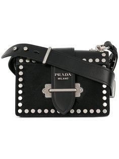 сумка на плечо с заклепками Prada