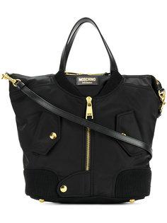 сумка-тоут с дизайном в виде байкерской куртки Moschino