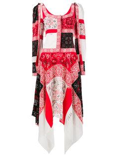 удлиненное платье в стилистике пэчворк Alexander McQueen