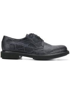 туфли на шнуровке с эффектом змеиной кожи Emporio Armani