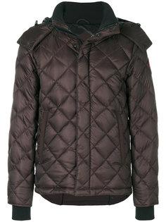 стеганое пальто с узором в ромбы Canada Goose