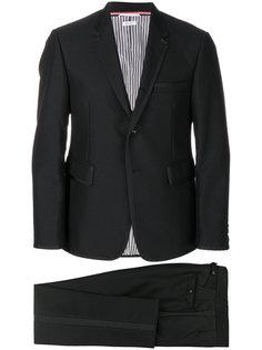 костюм с контрастной окантовкой Thom Browne