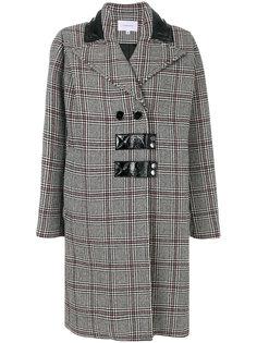 пальто в ломаную клетку Carven