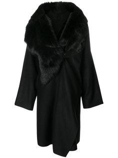 пальто с лацканами-шалькой  Andrea Yaaqov