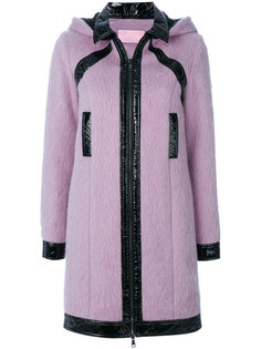 пальто с капюшоном и лакированной отделкой  Giamba