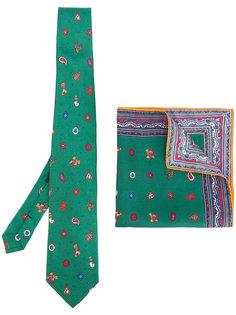 комплект с галстуком и нагрудным платком Etro