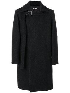 пальто с пряжкой Raf Simons