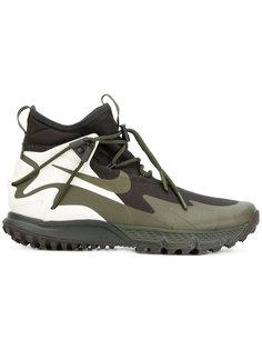 кроссовки Terra Sertig Nike
