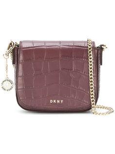 сумка на плечо с тиснением под крокодила DKNY
