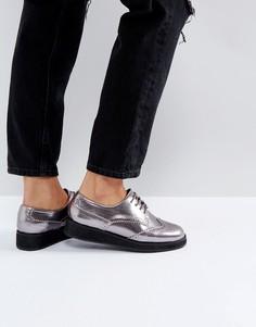 Туфли на плоской платформе со шнуровкой Carvela - Серебряный