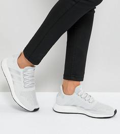 Светло-серые кроссовки adidas Originals Swift Run - Мульти