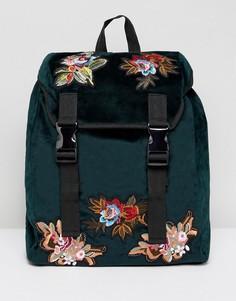 Зеленый бархатный рюкзак с цветочной вышивкой на накладках ASOS - Зеленый