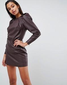 Платье-футляр мини из искусственной кожи с подплечниками и длинными рукавами ASOS EDITION - Красный