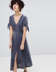 Плиссированное бархатное платье с разрезом J.O.A - Серый