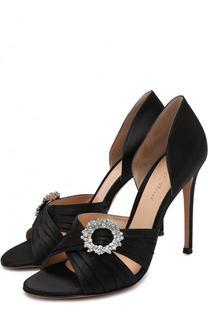 Атласные туфли Cinema с брошью на шпильке Gianvito Rossi