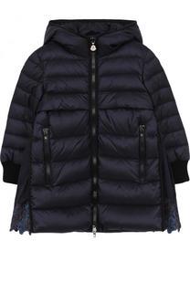 Пуховое пальто с кружевной отделкой и капюшоном Moncler Enfant