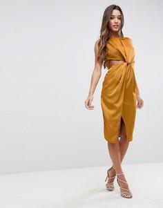 Атласное платье-футляр с вырезами ASOS - Золотой