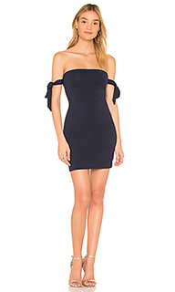 Облегающее платье с открытыми плечами ada - by the way.