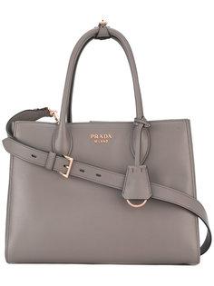 сумка-тоут с бляшкой-логотипом Prada
