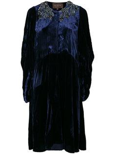 бархатное платье с украшением из камней Biyan