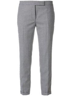 клетчатые брюки с заниженной талией Thom Browne