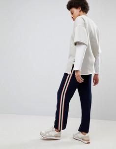 Джоггеры с полосой по бокам ASOS Tailored - Темно-синий