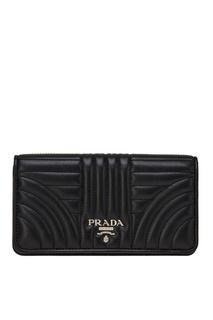 Черный кожаный чехол для iPhone Prada