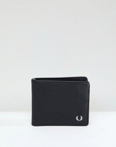 Черный бумажник из кожи сафьян Fred Perry - Черный