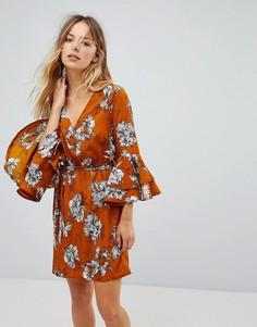Платье с цветочным принтом, поясом и оборками Parisian - Желтый