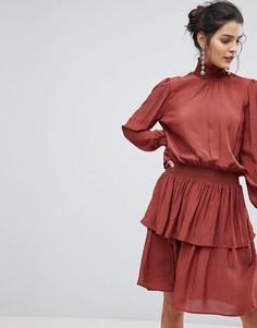 Ярусное платье с высоким воротом Y.A.S - Черный