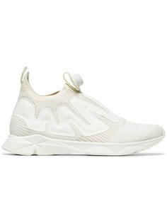White Pump Supreme Sneakers Reebok