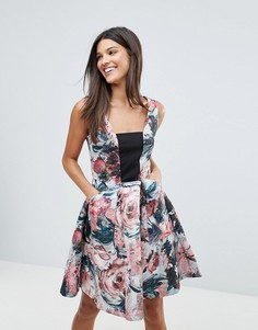 Короткое приталенное платье с квадратным вырезом и принтом Closet - Мульти