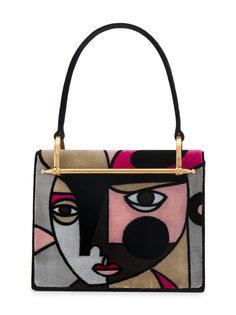 средняя сумка с верхней ручкой и изображением лица Prada