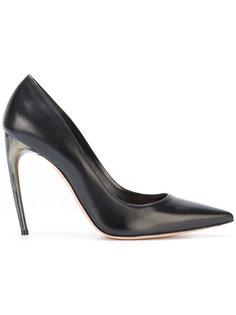 туфли на изогнутых каблуках Alexander McQueen
