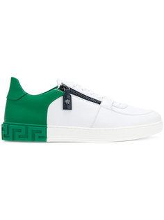 двухцветные кроссовки Versace