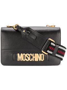 сумка на плечо с бляшкой с логотипом Moschino