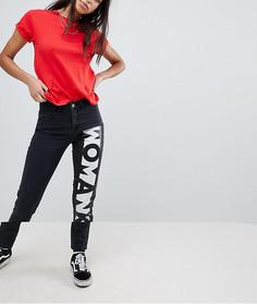Джинсы в винтажном стиле с надписью Woman Noisy May - Черный