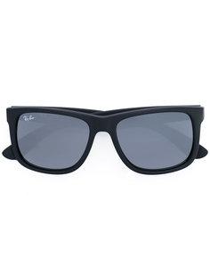 прямоугольные солнцезащитные очки в массивной оправе Ray-Ban