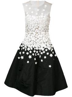 платье без рукавов с отделкой стразами  Oscar de la Renta