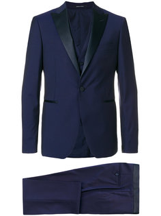 костюм-смокинг Tagliatore