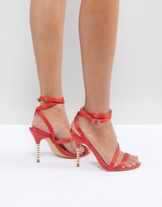 Босоножки на каблуке Truffle Collection Valentines - Красный